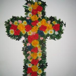 <i>Six Pieces</i> Artificial flowers, styrofoam, led lighting, 2003